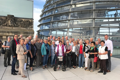 Besuch des Bürgervereins Osternburg im Deutschen Bundestag.