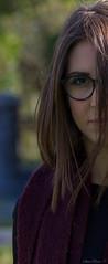 Fede (sara_perino) Tags: federica coinquilina ritratto macchinafotografica foto fotografia photography photo capelli hair occhiali glasses serio seriet natura nature occhi eyes viso faccia face