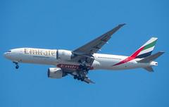 A6-EWC (Geovanne Guimares) Tags: b777 b77l b772 emirates boeing airplane avio spotting nikon