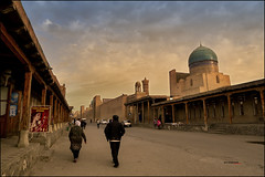 Old street in Bukhara (bit ramone) Tags: bukhara bujara bujará buxara uzbekistán larutadelaseda bitramone pentax k5