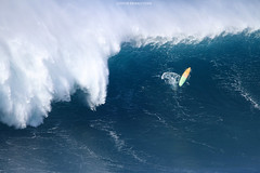 IMG_3519 copy (Aaron Lynton) Tags: surfing lyntonproductions canon 7d maui hawaii surf peahi jaws wsl big wave xxl