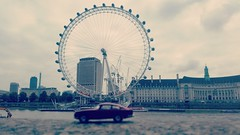 #toytrips that's not a wheel #vikinggringo ... now that's a wheel! Drivin my #jag round #londoneye #london #uk @yooamigo  #ridetheworld with #yooamigo  Sign up online at: www.yooamigo.com  Download our Android app:  https://play.google.com/store/apps/deta (yooamigo) Tags: uk yooamigo jag vikinggringo london londoneye toytrips ridetheworld