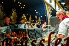 In der Waffelbckerei (Renate Bomm) Tags: 2016 advent brsslerwaffeln canoneos6d christmasmarket city flickrfriday kln nahrung renatebomm waffeleisen waffeln weihnachtsmarkt backen cologne essen nordrheinwestfalen deutschland de