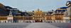 Les ors du Château de Versailles, désert un lundi... (mamnic47 - Over 6 millions views.Thks!) Tags: versailles chateaudeversailles lesgens yvelines img1516 pnoramique courdhonneur grilledhonneur