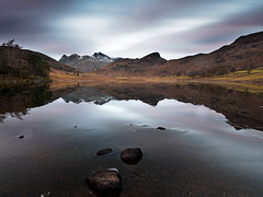 Blea tarn 2 (alf.branch) Tags: tarn bleatarn lakes landscape lakedistrict lakesdistrict water cumbria clouds cumbrialakedistrict calmwater ice stillwater refelections reflection alfbranch olympus zuiko olympusomdem5mkii ziuko918mmf4056ed