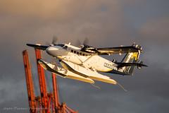 Express 606 (Jason Pineau) Tags: vancouver coalharbour cyhc bc britishcolumbia floatplane seaplane dehavilland dhc6 twin otter harbourair cgqkn