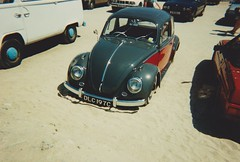 VW Beetle DLC 197C Newquay 1995 (ukdaykev) Tags: dlc197c newquay vw volkswagen volks vag volkslife volkswagon vwbeetle beach car classiccar classictransport callook 1995 bug beetle scimitarss1 reliant scimitar ss1 c204lto low slammed stance stanced vehicle