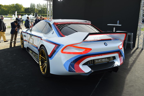 2015_09_Chantilly_BMW_3.0CSL_Hommage_R_12
