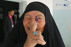 Purple finger (US Department of State) Tags: election iraq polling voting oif purplefinger iraqiwoman iraqiarmy iraqipolice nasiriyah dhiqar parliamentaryelection shurta femalevoters electionssecurity ie2010 nasiriyahpjcc purplefingertip