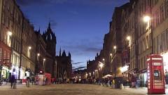 Royal Mile, blue hour (byronv2) Tags: building history architecture night scotland twilight edinburgh nacht dusk unescoworldheritagesite unesco worldheritagesite royalmile bluehour cobbles oldtown nuit edimbourg cobbledstreet edinburghbynight saintgilescathedral