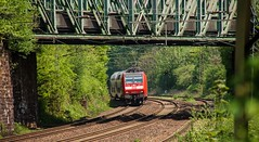 06.05.2015 Grne Hlle Ruhrgebiet. Gelsenkirchen Almastrasse. DB 146 002 mit RE2 Essen (ruhrpott.sprinter) Tags: railroad train germany de deutschland ic essen diesel outdoor eisenbahn rail zug 11 db 101 111 passenger re 711 sbahn fret signal ruhrgebiet rb dortmund freight grne vt coils 403 mnster locomotives oberhausen mller 401 herne rheingold acts hlle 152 lokomotive 143 trainart 146 wanneeickel sprinter ruhrpott gter 425 verein 1701 vps steuerwagen touren schalker reisezug abellio reisezugwagen rurtalbahn ellok almastrasse