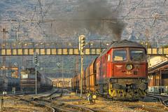 Chasing 07 047 (and the sun) (BackOnTrack Studios) Tags: electric train diesel loco bulgaria coal freight 07 ludmilla 047 dragoman bdz ltz luhansk