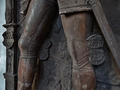 ca. 1556 - 'knight Jörg Schrimpf (+1556)' (Peter Dell the Younger), Marienkapelle, Würzburg, Bayern, Germany (RO EL (Roel Renmans)) Tags: church monument de bayern bavaria order cross leo jerusalem lapida lion franconia kreuz peter catherine le dell armor knight franken chevalier der armour renaissance würzburg dalle jeruzalem younger effigy caballero jörg croix ritter joerg armadura funéraire leeuw jeune armure rüstung gisant kruis wuerzburg grabmal ridder cavalieri harnas grafmonument grabdenkmal 1556 jongere marienkapelle schrimpf efigie jüngere katharinenorden