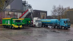 ABN Feeds depot (South West Trucks) Tags: mill tipper lorry trucks feed tipping loading bulk lorries cullompton