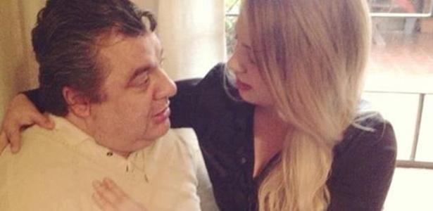 Gerson Brenner tem alta e deixa hospital após passar um mês internado