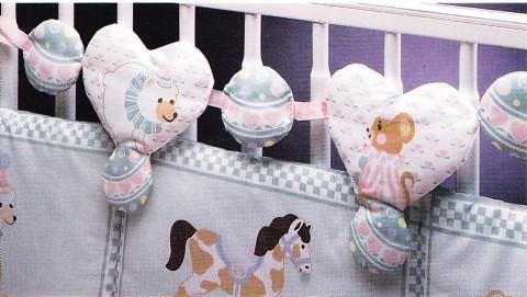Детская кроватка украшенная своими руками