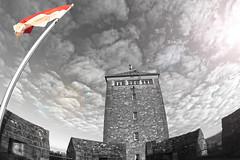 Flag (simon.grupp) Tags: simon grupp canon eos 700d walimex 8mm fisheye heppenheim starkenburg flagge turm burg schwarz weiss mauer himmel wolken