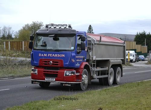 Renault D Wide,D&M Pearson Haulage.