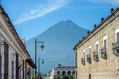 Antigua Guatemala (ruimc77) Tags: nikon d700 nikkor af 2880mm f3356g volcán volcan agua água volcano antigua muy noble leal ciudad santiago caballeros guatemala américa central america centroamérica centroamerica