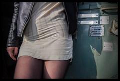 La Train 225-2 (Fr-EM (photos de Modles)) Tags: photographe37 photographetours 550d canon eos femme woman frem modle model photo picture fille girl sexy sensualit sensuality sensuelle sensual photoshop brune studio jambe leg urbex rail railway train gare station extrieur badgirl tatouage tatoo