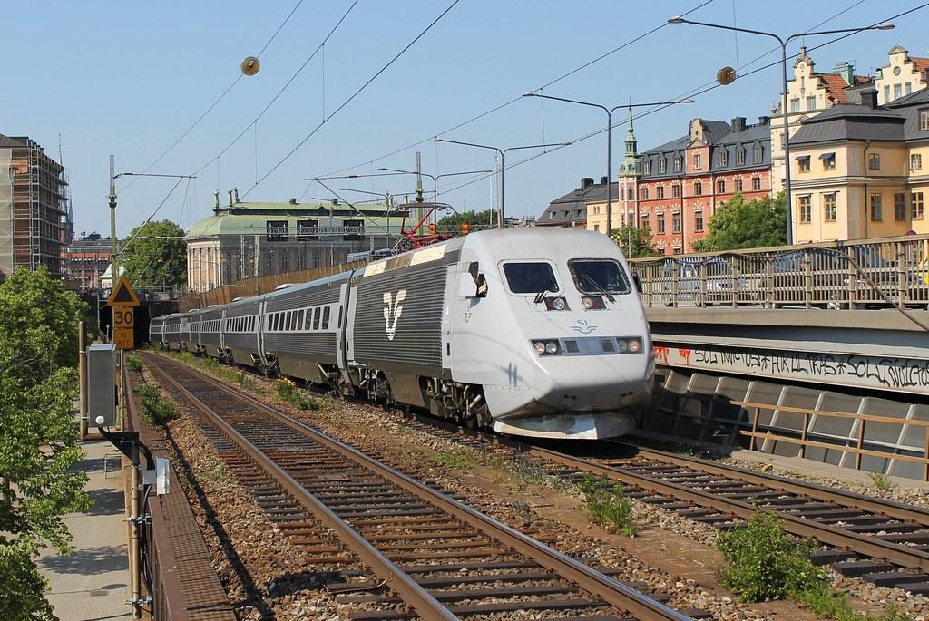 tåg stockholm malmö spår