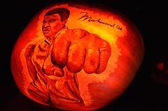 Muhammad Ali Jack O'Lantern (Joe Shlabotnik) Tags: jackolantern muhammadali oldwestburygardens cassiusclay pumpkin october2016 boxing 2016 afsdxvrzoomnikkor18105mmf3556ged fist halloween