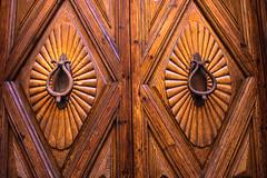 Puerta (Carlos Pea Fernandez) Tags: puerta door wood madera castellana segovia espaa spain fuji fujifilm xt1 fujinon 1855mm