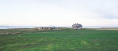 Lonely and left by the sea (harald.bohn) Tags: house hus abandoned left forlatt nedlagt forfallent grått slitent grønt green eng meadow november