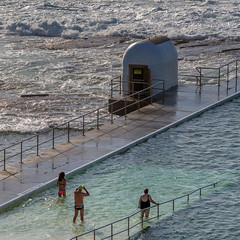Morning immersion (OzzRod) Tags: pentax k1 sigmadg120400mmf4556 ocean sea baths bathers swimmers pumphouse merewether square