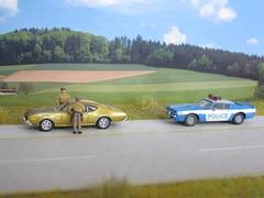 Oldsmobil 442, 1969 + Pontiac Firebird, 1973, no.58. (cosmosminimus, dioramas 1:87 (H0)) Tags: us police 187 h0 jo jucker highway patrol oldsmobil 442