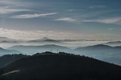 Misty land (Iñigo Amuchastegui) Tags: pikoketa peñas de aia oairtzun gipuzkoa montes bruma misty