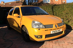 LY 182 29-11-16 001 (AcidicDavey) Tags: liquid yellow renault renaultsport clio 182 ly