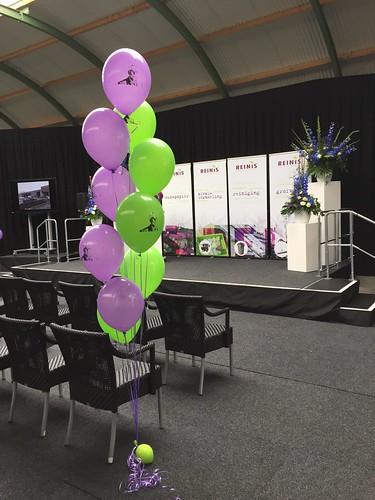 Tafeldecoratie 10ballonnen Gronddecoratie Bedrukt met Foto Reinis Spijkenisse