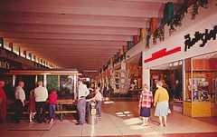 Thomas Mall - Phoenix, Arizona (The Cardboard America Archives) Tags: arizona phoenix vintage mall shopping postcard