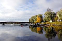 Joensuu - Finland (Sami Niemelinen (instagram: santtujns)) Tags: city colors suomi finland river boat colours north autumm joensuu syksy vene joki karjala kaupunki laituri carelia vrit pohjois ylisoutajansilta pielisjokis