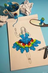 Schtroumpf (Cathy'c) Tags: art studio candy robe interieur dessin crayon bonbon douceur schtroumpf stylisme