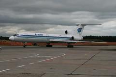 RA-85505 Vnukovo 06/08/08 (Andy Vass Aviation) Tags: tu154 vnukovo krasair ra85505