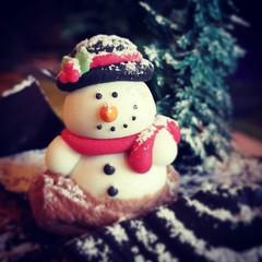 A sweet morning. #Christmas #newyear #snowman #samsung #note4 (A. Saleh) Tags: lebanon nature nikon saleh asaad instagram ifttt