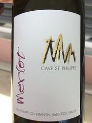 IMG_9135 (bepunkt) Tags: wine winebottle vino wein winelabel weinflaschen etiketten weinetiketten