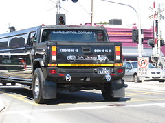 Hummer Limousine (RS 1990) Tags: adelaide southaustralia friday 23rd september 2016 hummer limo limousine black goodwoodrd