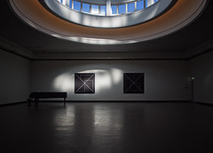 The Grand Piano (Explored October 2, 2016) (Anne Worner) Tags: anneworner bergen em5 lysverket museum norway vestlandskekunstindustrimuseum architecture art filteredlight grandpiano inside interior light reflectedlight room rotunda shadows space walls