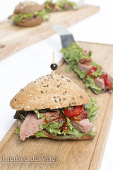 Pate sandwich (Lieuwe de Vries) Tags: strobist sandwich beijkcateringservice pate bread tomato tomatoe sundriedtomatoes cress highkey