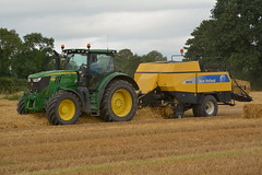 John Deere 6175R Tractor with a New Holland BB 930A Square Baler (Shane Casey CK25) Tags: john deere 6175r tractor new holland bb 930a square baler jd green nh yellow castletownroche straw bales baling bale grain harvest grain2016 grain16 harvest2016 harvest16 corn2016 corn crop tillage crops cereal cereals golden dust chaff county cork ireland irish farm farmer farming agri agriculture contractor field ground soil earth work working horse power horsepower hp pull pulling cut cutting knife blade blades machine machinery collect collecting nikon d7100 traktori tracteur traktor trekker cignik