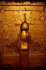 DSC_0364 (me222222222222222222222222) Tags: egypt cairo egyptian museum king tut pharoah golden sarcophagus gold diety protection tomb