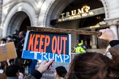 Keep Out Trump, Protesters outside Trump Hotel on Pennsylvania Ave, DC (Lorie Shaull) Tags: trump notmypresident washingtondc election2016 donaldtrump trumpinternationalhotel protest pennsylvaniaave