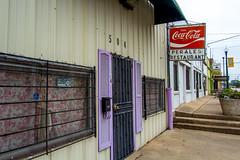 Perales Restaurant (mikerastiello) Tags: waco texas tx wacotx wacotexas decay urbandecay