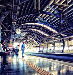 Everyone waiting for metro ...........me too .  Fb :- https://www.facebook.com/Abshinephotography/  #abshine #abshinemobilephotography #abshine_photography #travel #traveling  #visiting #instatravel  #trip #holiday #photooftheday #fun #mobile #mobilephoto (abhishekmesthai) Tags: trip mobilephotography abshinemobilephotography fun mobile delhi instatravel traveling 2016 delhimetro abshine holiday waiting visiting metro photooftheday travel abshinephotography