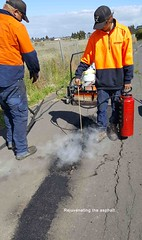 15 Vic Roads Working on Western FWY Path 15-11-2016