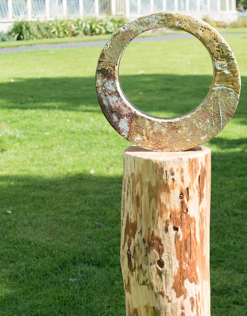 SCULPTURE IN CONTEXT 2015 AT THE NATIONAL BOTANIC GARDENS [UNOFFICIAL PREVIEW] REF-107345