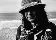 (Danny Valdéz) Tags: ocean california hat scarf christina freezing smoking westcoast 2011 sigma30mmf14exdc sonyalphaa77 dannyvaldéz